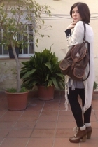 brown vintage purse - brown H&M shoes - beige vintage jacket