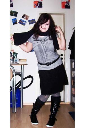 Zara t-shirt - H&M blazer - Mums belt - H&M skirt - - Ebay