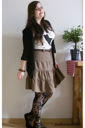 brown thrifted skirt - white H&amp;M shirt - black GINA TRICOT tights