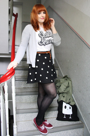 black H&M skirt - off white Zara shirt - ruby red c&a sneakers