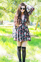 Maddie Floral Dress-Black