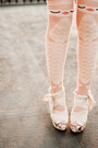 Light-orange-asos-socks-off-white-oasap-wedges-cream-oasap-skirt