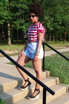 red DIY t-shirt - blue Secondhand shorts - black Mossimo shoes