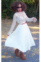 white Secondhand skirt - brown urban og boots - white Newport News top