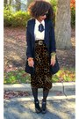 Brown-secondhand-skirt-black-jessica-simpson-shoes-off-white-secondhand-shir