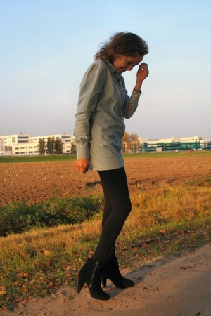 acne blouse - H&amp;M leggings - H&amp;M shoes
