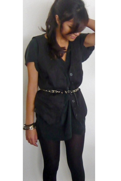 Maje dress - Secondhand - Chanel belt - Secondhand bracelet