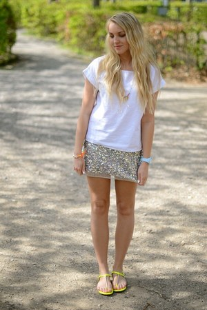 asos skirt - Steve Madden sandals - La naturelle t-shirt - asos watch