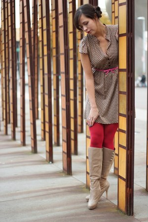 ruby red JC Penney tights - camel Charles David boots