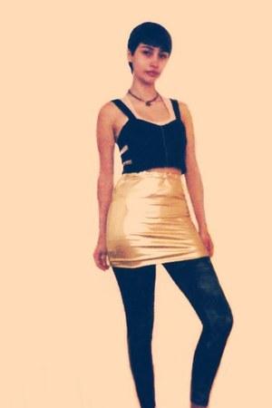 gold tight skirt shirt - black shiny tights - bronze Pet Pigeons necklace