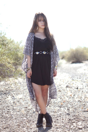 black vintage boots - black Nasty Gal dress - black gypsy warrior belt