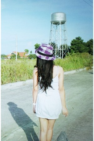 light purple Fedora hat