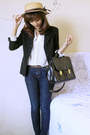 Pumps-jeans-blazer-shirt-bag