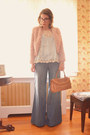 Light-blue-wide-flare-anthropologie-jeans-tawny-urban-outfitters-bag