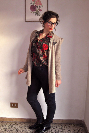 jegging H&M jeans - Anthropologie cardigan - floral vintage blouse