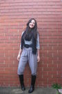 Pants-gray-witchery-top-black-witchery-belt-black-boots