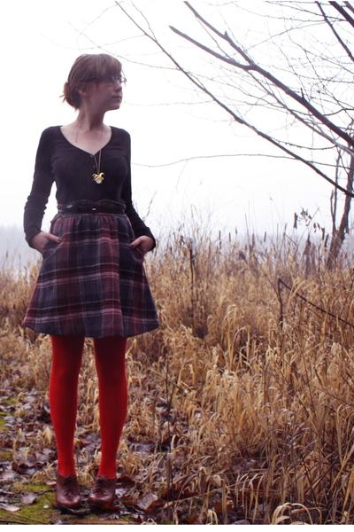 black H&M sweater - black vintage skirt - red modcloth tights - brown seychelles