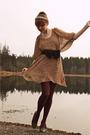 Beige-modcloth-dress-blue-belt-purple-fred-flare-tights-blue-shoes-white