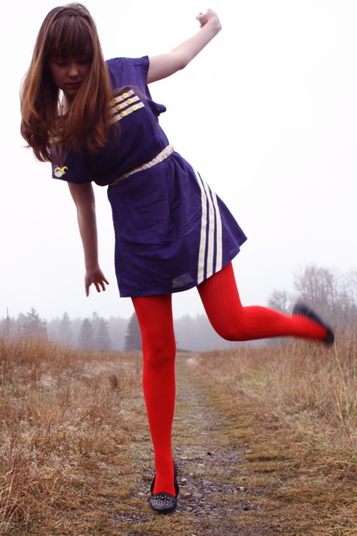 red modcloth tights - blue Secondhand shoes - blue modcloth dress