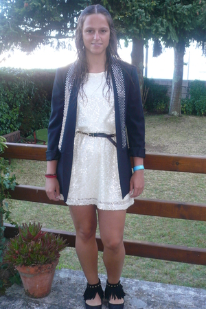 Zara blazer - H&M dress - my mum belt - Zara shoes
