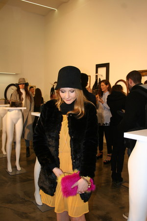 hot pink Sara Battaglia purse - gold Ichi dress - black OASAP coat