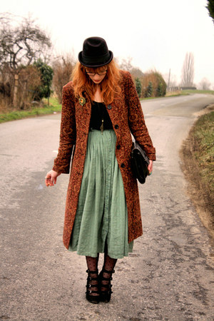 vintage coat - vintage purse - vintage skirt - Pimkie wedges