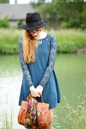 blue Chicwish dress - black Choies hat - camel PERSUNMALL blazer
