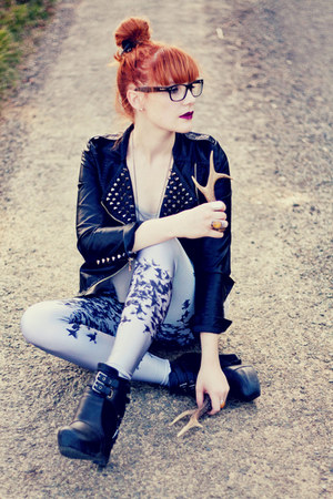 romwe jacket - Lovelysally leggings