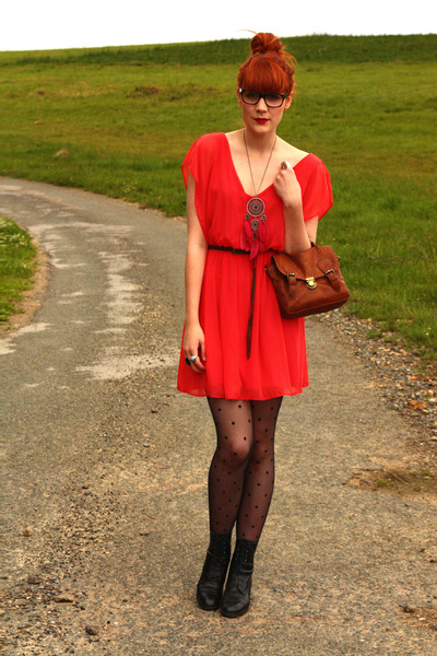vintage boots - vintage dress - Pimkie bag