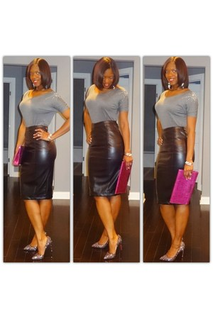 leather skirt - glitter heels - grey tee t-shirt