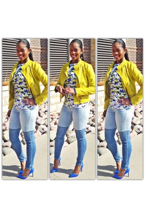 yellow jacket - denim jeans - yellow-blue top - blue pumps