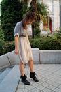 Gray-h-m-top-beige-vero-moda-dress-black-zara-shoes-silver-blanco-necklace