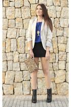 black Zara boots - off white Stradivarius blazer - gold Zara bag
