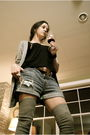 Silver-jcrew-socks-blue-currentelliott-shorts-brown-kors-boots-silver-jcre