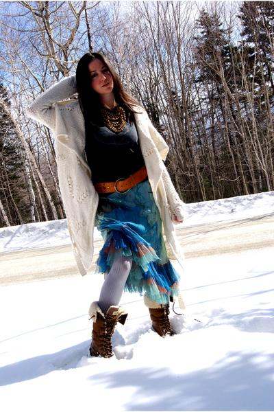 blue Rozae Nichols skirt - white Rebecca Taylor sweater - silver Rebecca Taylor