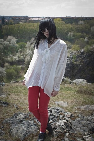white H&M shirt - red Zara pants