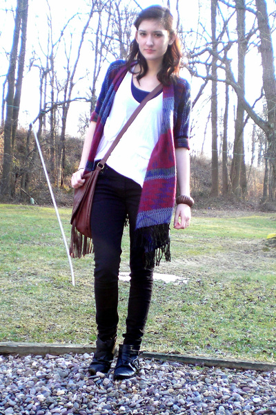 blue DIY sweater - black H&M jeans - white top - black Aldo boots - brown purse