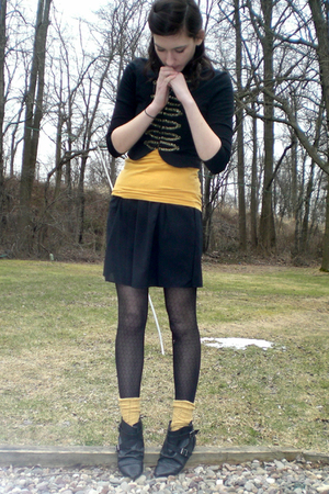 black altered Old Navy skirt - black buckle ankle Aldo boots