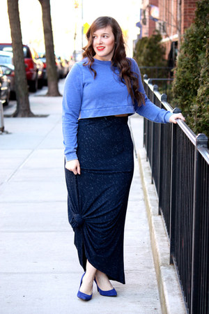 blue cropped Topshop sweatshirt - navy jersey printed Nordstrom skirt