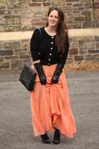 peach pleated Zara skirt - black Forever 21 sweater - black studded Zara heels