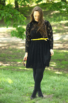 yellow patent leather J Crew belt - black lace Zara dress
