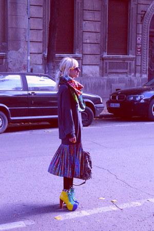 no brand sweater - Jeffrey Campbell boots - Zara scarf - Zara bag - asos socks