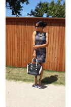 bodycon pompsocietycom dress - black  white pompsocietycom bag