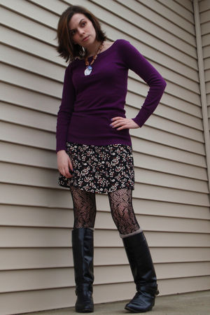 pink Forever 21 sweater - black Gap skirt - black Hot Topic tights - black vinta