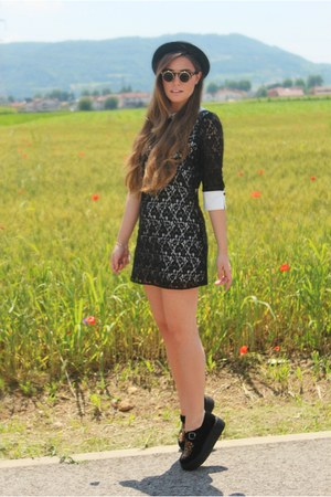black creepers Plndr shoes - black lace AsianICandy dress - black bowler H&M hat
