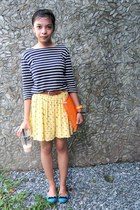light yellow printed skirt - navy striped shirt - brown belt