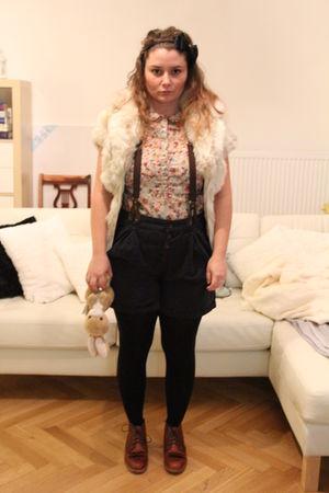Zara shorts - Zara blouse - oxford classic 1932 shoes - Pimkie vest - f21 access