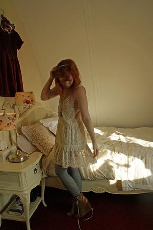 beige Dahlia dress - silver H&M tights - brown Chloe boots - brown Anna van Toor
