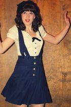 blue navy jumper skirt - blue ankle booties H&M shoes - black felt beret f21 hat
