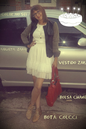 Zara dress - Colcci boots - Zara jacket - channel bag - Desconhecudi accessories